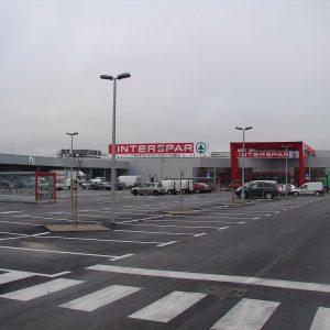 Trgovački centar i autopraonica Koprivnica